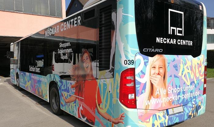 Liniebus Beschriftung mit Digitaldruck und Auklebern