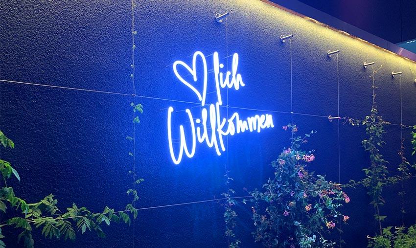 Lichtwerbung im NeckarCenter