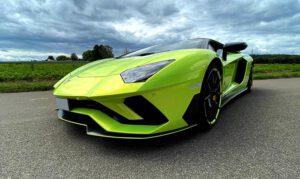 LamborghiniAventadorLimeGreenVollfolierung